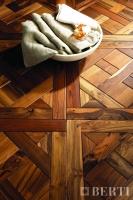 Berti Parquet Artistici: Disegni Mod Versaill su teak - Berti Pavimenti Legno