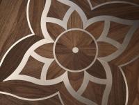 Berti Parquet Artistici: Intarsio Mod Verlato Noce con intarsi acciaio - Berti Pavimenti Legno